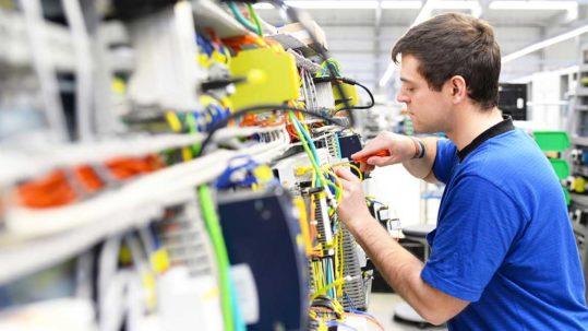 Regionales Stellenangebot für einen Job als Elektroniker in Schwelm